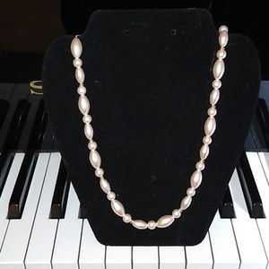 Vintage Marvella signed faux pink pearl necklace